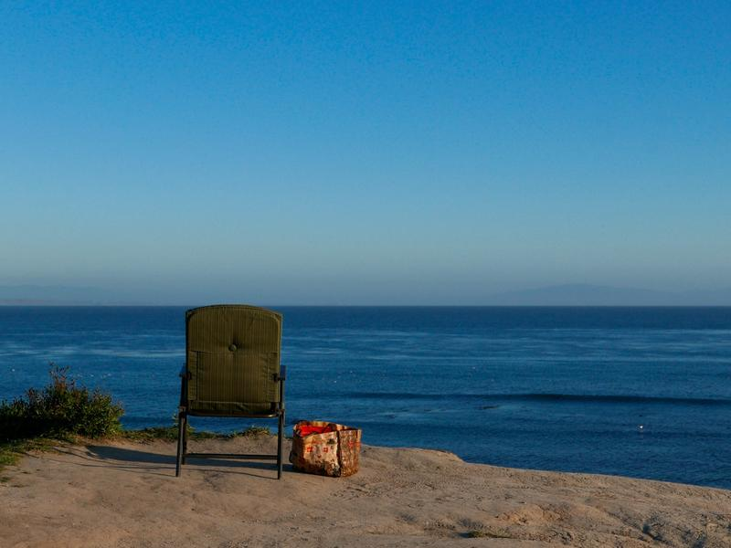 Ocean View With Chair & Bag