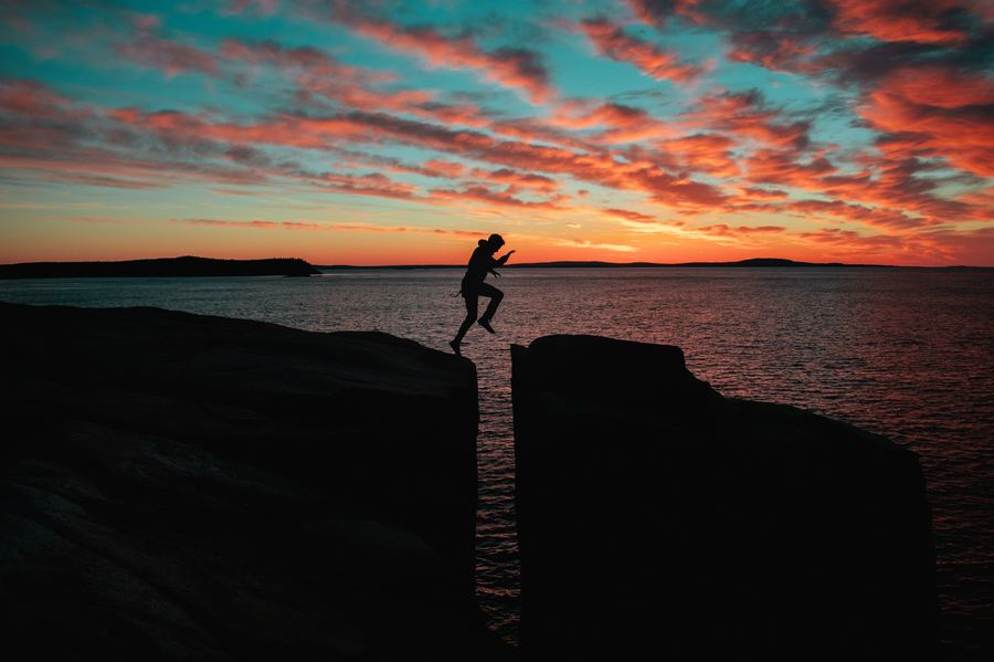 Jumping Across Rocks - Rogue Management To Process Oriented Leadership
