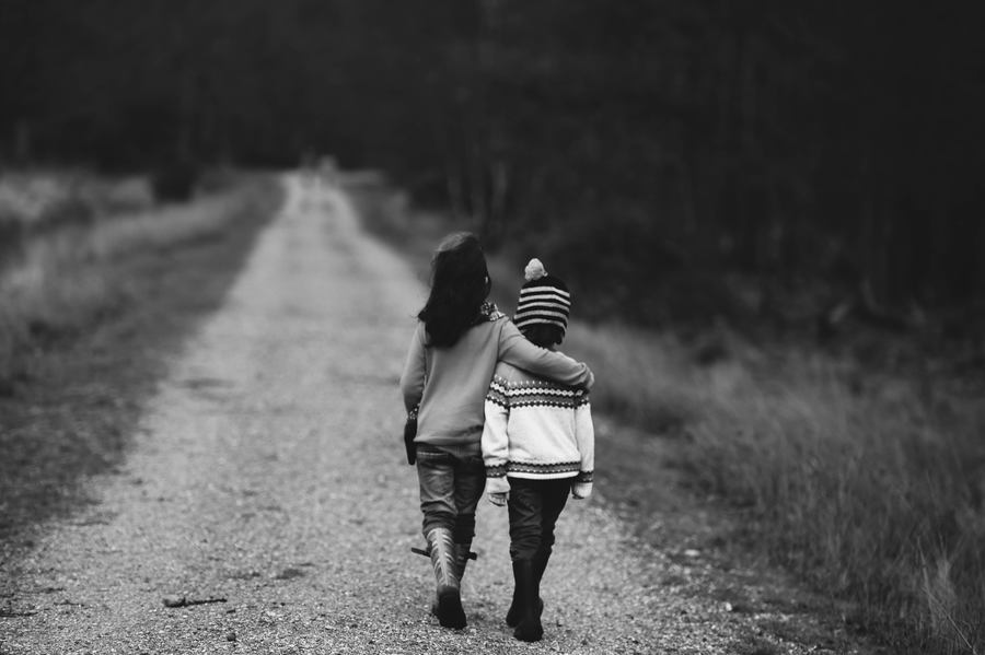 Kids Walking Together - Become a better leader