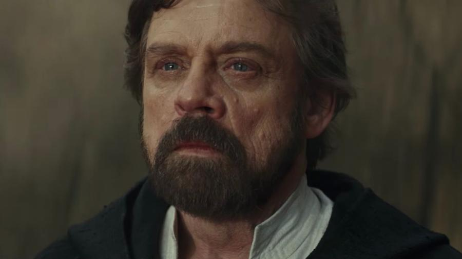 luke skywalker facing kylo ren