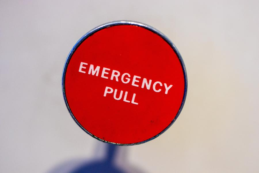 emergency pull red sign