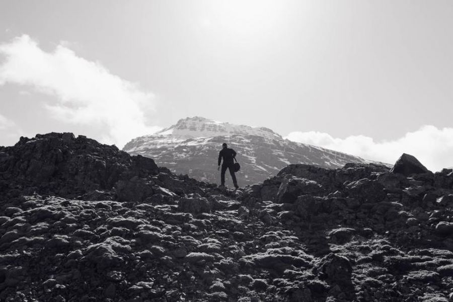 Mountain Climber | Black & White